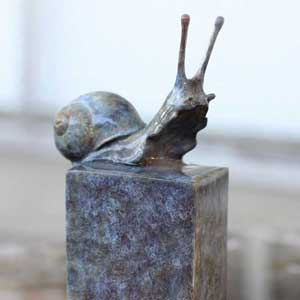 buy bronze sculpture of garden snail