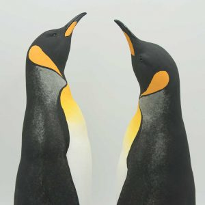Sculpture of two penquins facing each other