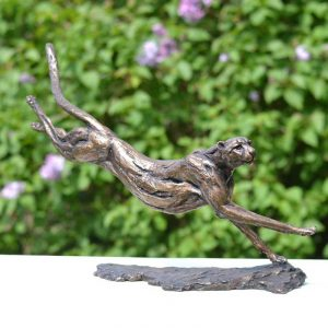 Cheetah sculpture foundry bronze